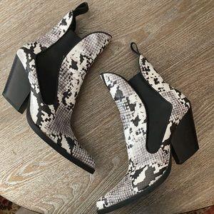 Zara Black & White faux Snake skin boots